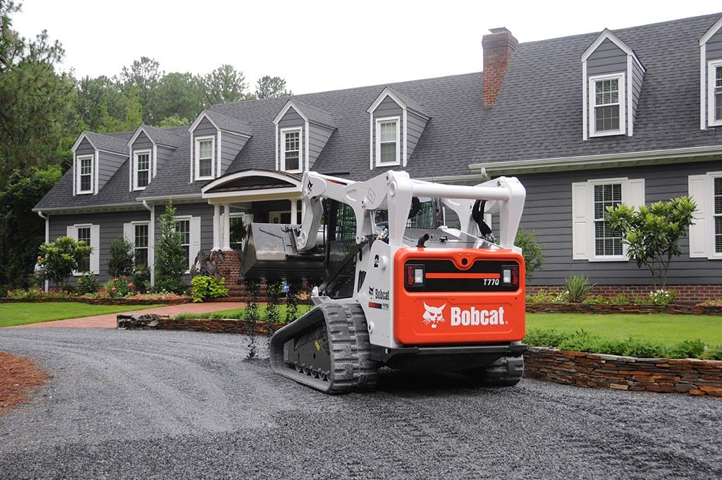 Residential Landscaping & Gravel Driveway Installation in Pinehurst NC